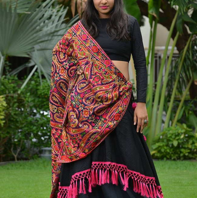 new kathiyawadi chaniya choli pattern from surat suppliers