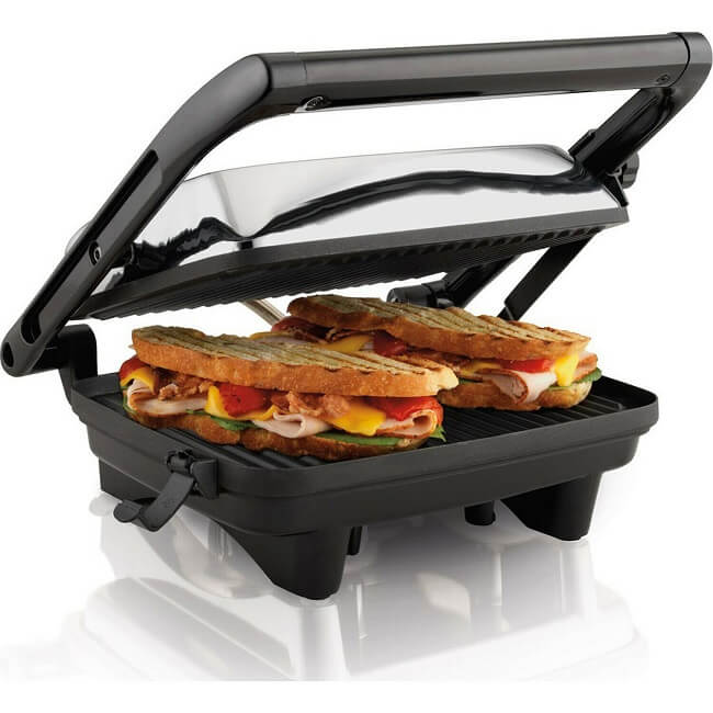 Sandwich maker is one of the common kitchen appliances