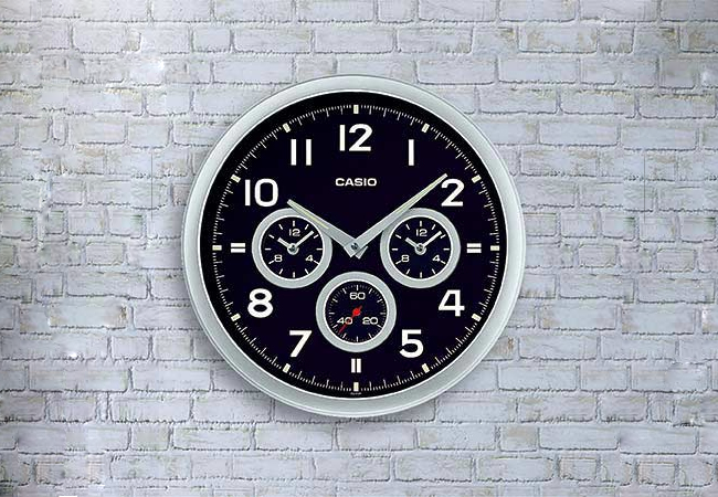 branded wall clock in india for online shopping