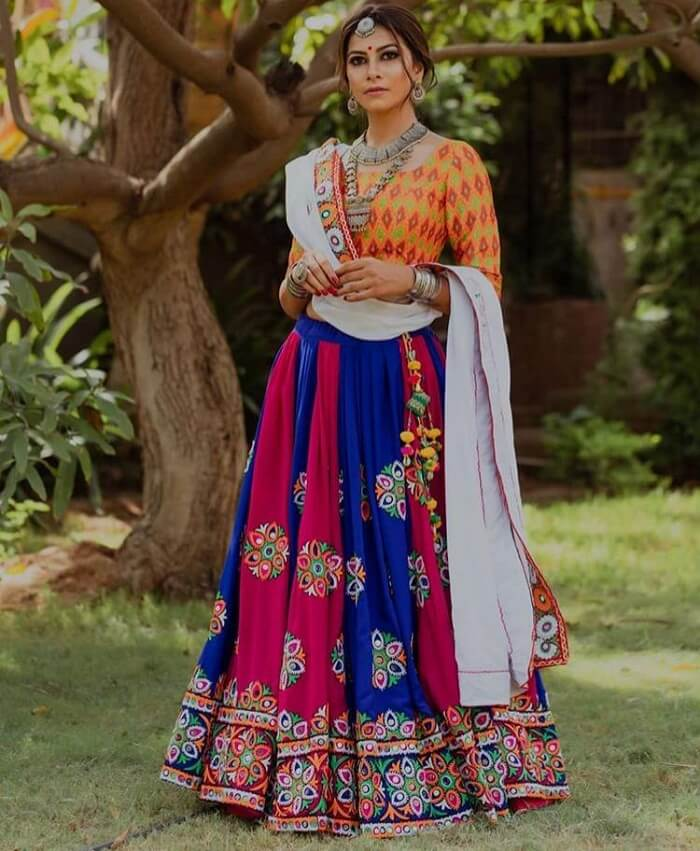 kathiyawadi chaniya choli designs