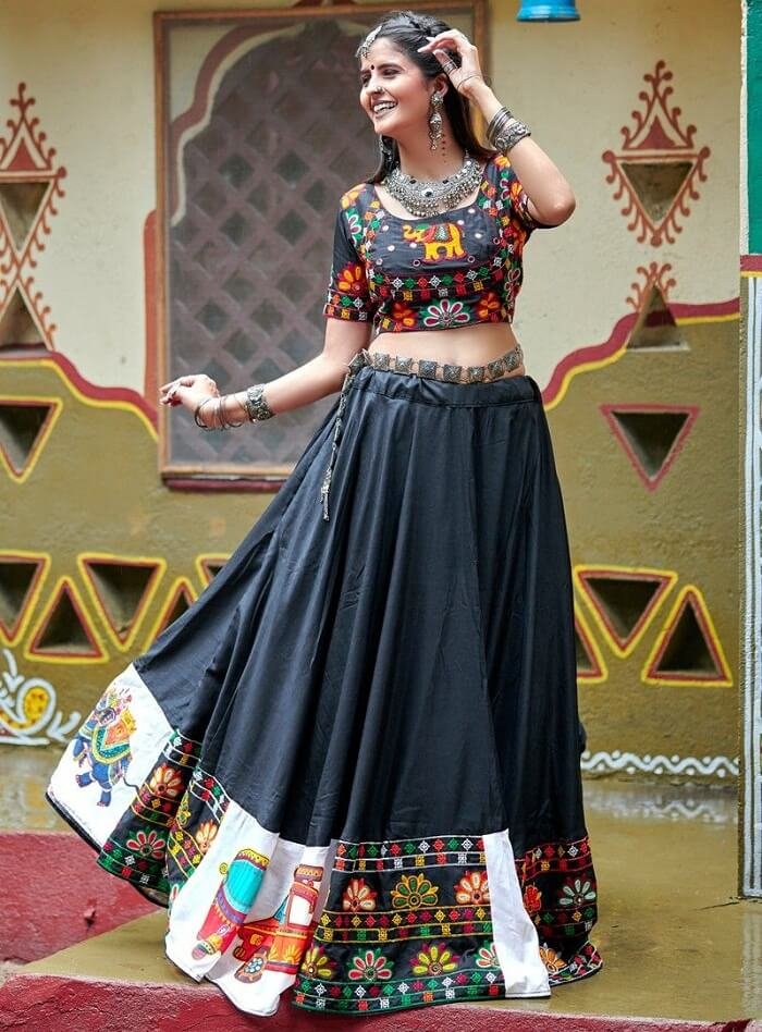 black color traditional chaniya choli for navratri