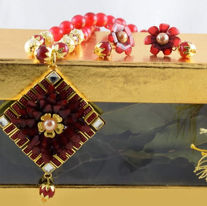 jewellery set for engagement