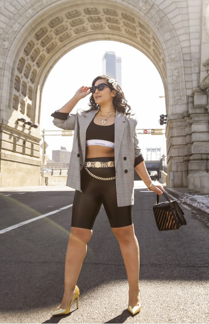 High waisted biker shorts with pockets