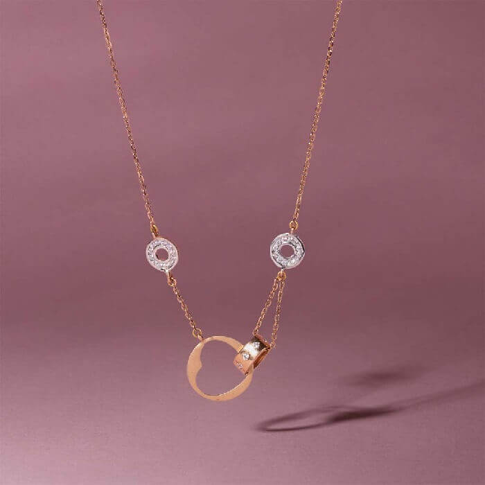 gold necklace women