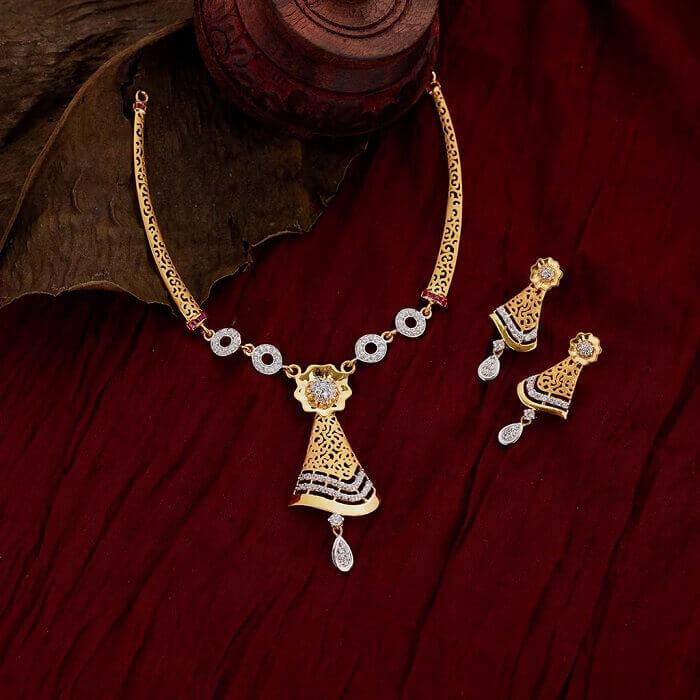 gold necklace bridal