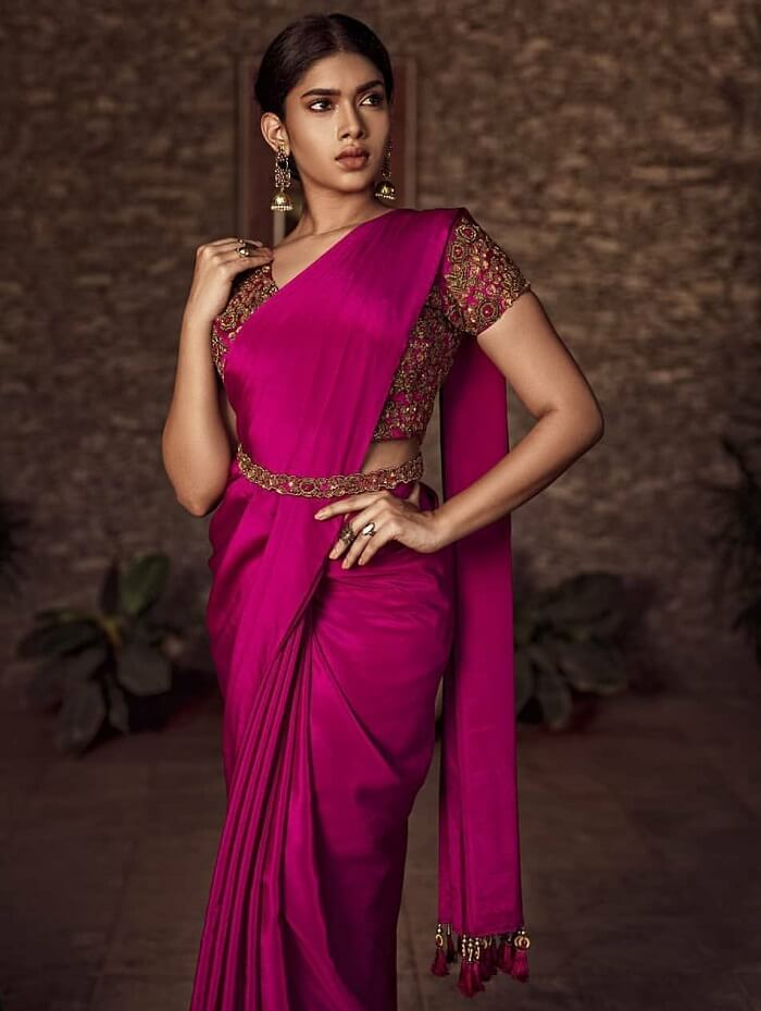 saree blouse with attached belt