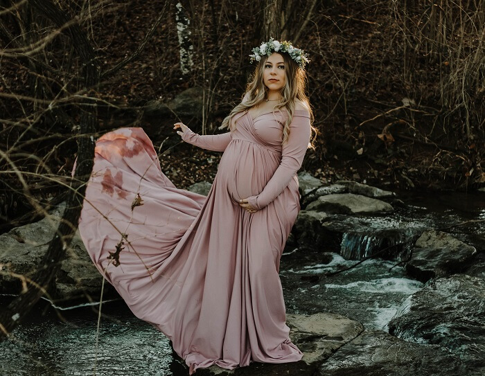 Where can I buy maternity clothes for a photoshoot?