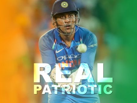 5 Proof Proves MS Dhoni a Real Patriotic