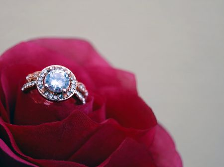 How to Clean Diamond Rings at Home