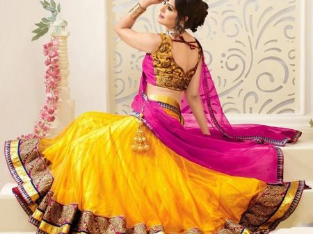 7 Reasons that will definitely make you fall in love with Lehenga Saree